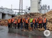 Auf großer Tour durch das Egger-Stammwerk in St. Johann in Tirol: Das Netzwerk Holzindustrie Baden-Württemberg e.V.