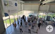 Gruppenfoto im Labor des Campus Schwarzwald.